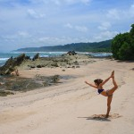 mar-azul-costa-rica-yoga